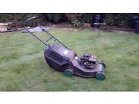 PETROL LOWN MOWER SUTABLE FOR STRIPPING FOR PARTS WITH BRIGGS AND STRATTON ENGIN.