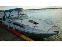 Rinker Fiesta Vee 235 Motor Boat