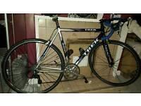 Trek road bike Exellent condition
