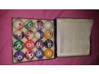 unique American Pool balls and cue