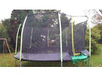 14ft round trampoline