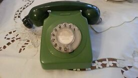 Classic 1970's Green Post Office 746F Telephone.