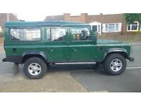 landrover defender green 110 td5 5cyl 9 seater suv 5 door station wagon mar 2006 tax 305yr serviced