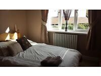 En suite in Ealing W53JJ 750£ PM Available now!!