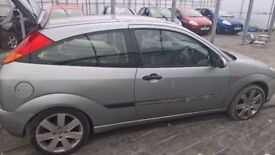 breaking ford focus mark 1 silver all parts available