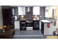 2 Bed Immaculate Flat - Recently Refurbished - City Centre