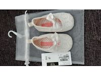 Occasion ivory pram shoes aged 6-12 months