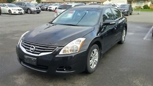 2012 Nissan Altima 2.5 SL Fully Loaded