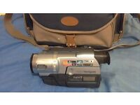 Sony Digital 8 camcorder in great condition with all cables and carry case OFFERS
