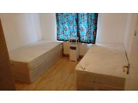 AMAZING DOUBLE ROOM IN PERFECT LOCATION AVAILABLE NOW FOR ONLY £165 PW
