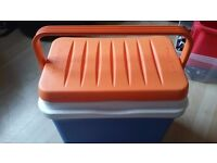 28 litre coolbox. Great condition. £5