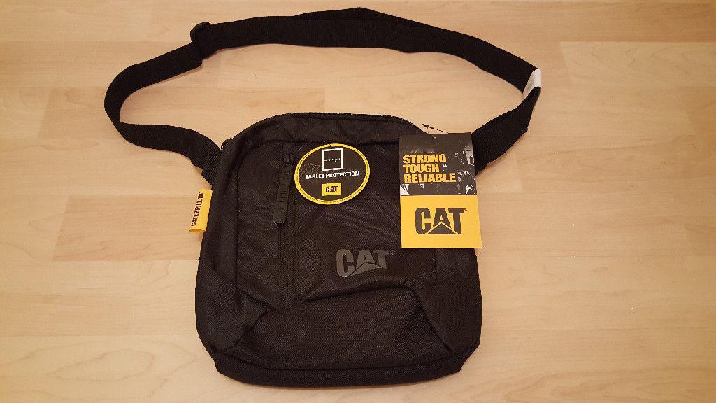 New BNWT Genuine Caterpillar Cat Tablet   Shoulder Bag Black £13 ono RRP £20 5a3f8130fafdd