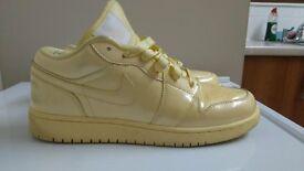 Nike Air Jordon trainers, size 6