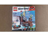 Lego 75825 The Angry Birds Movie Piggy Pirate Ship - Brand New