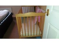 Baby cot free