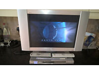 "sony lcd 21"" tv and sony ns585p dvd player"