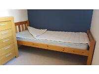 Solid pine single bed + free mattress and mattress protector