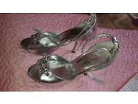 Silver size 5 Bridal / Bridesmaid shoes