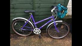 Ladies Raleigh bike in good condition.