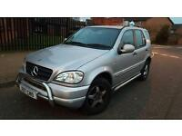 2001 MERCEDES ML320 AUTO 215BHP FULL LEATHER HEATED FRONT SEATS ALLOYS AC CD REMOTE CENTRAL LOCKING