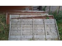 12 fence panels 3 feet high by 6 feet wide