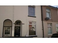 Double bedroom available in attractive two-bed Portsmouth property