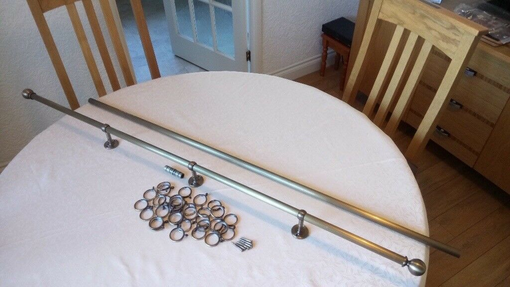 Brass curtain pole