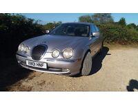 Rare Jaguar S type 4.O Litre V8 nice car for age. Fast and smooth. 6 months Mot.