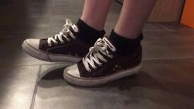 Heelys roller shoes size 3 girls