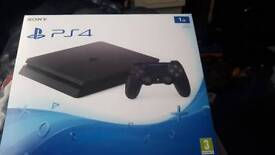 Ps4 with 3 games