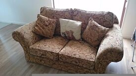 **make me an offer ** 2 seater sofa