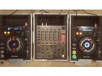 Pioneer CDJ1000 MK3 & DJM600 setup with Swan Flightcases