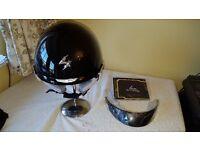Large size EXO-PADOVA11 helmet in glossy black