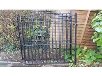 Iron gates for driveway- £25 ono