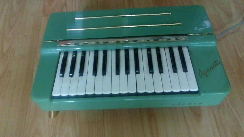 VINTAGE GREEN HOHNER ORGANETTA, ELECTRIC ORGAN
