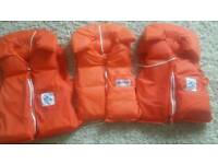 life jacket in excellent condition