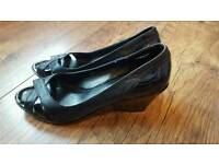 Clarks size 8 shoes