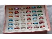 40 ASSORTED COLOURS RINGS SMALL MEDIUM