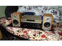 Stereo audio set separates