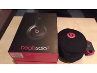 Beats Solo 2 Wireless (With Case and Box)