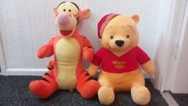 Large Winnie the poo and Tigger toys