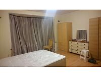 Single and Sharing Room close to Ilford Station