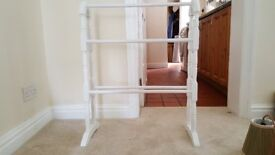 White Towel Rail That Can Be Dismantled In Brilliant Condition.