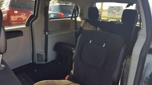 2012 Dodge Grand Caravan SE London Ontario image 6