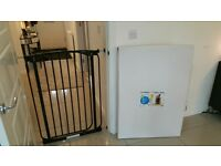 Emmay black baby safety gate