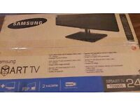 NEW BOXED SAMSUNG 24 SMART TV (collection only)