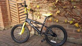 """Avigo 18"""" BMX bike - black/yellow"""