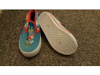Brandnew paw patrol shoes size 5! never been worn