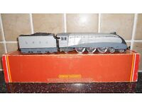Hornby R321 LNER Class A4 2-6-4 Number 2509 ' SILVER LINK ' Locomotive excllent condition box tatty