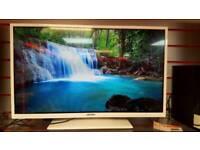 "BUSH 32"" TV - HD 720P - Built in DVD Player"